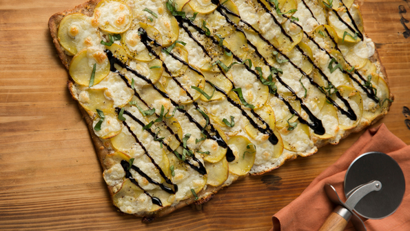 Garlicky Potato Pizza With Balsamic Glaze Delicious Living