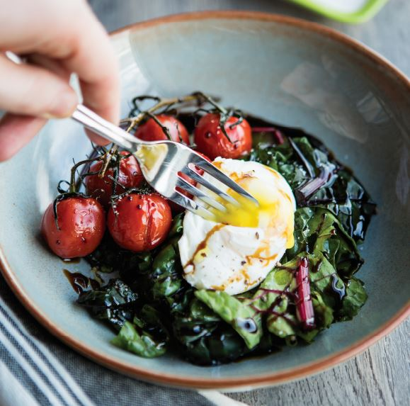 Poached Eggs And Roasted Tomatoes With Balsamic Glaze Delicious Living
