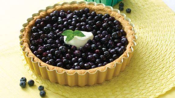 6 simple summer fruit desserts