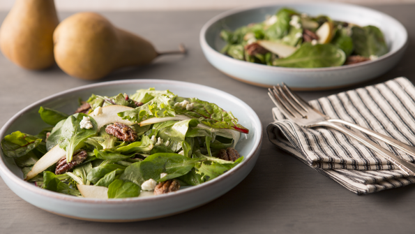 Mâche Salad with Pecans, Pears, and Gorgonzola