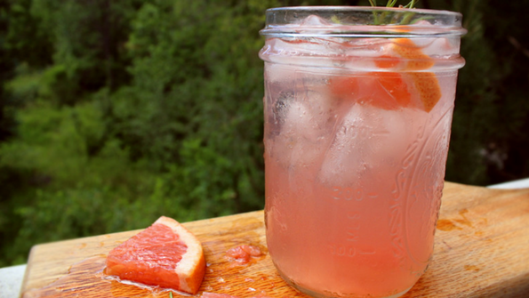 Grapefruit Rosemary Lemonade